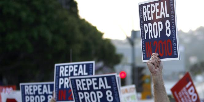 La cour fédérale de San Francisco a pris une décision historique en estimant que l'interdiction du mariage homosexuel était anticonstitutionnelle.