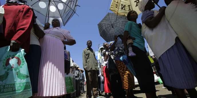 Les Kényans ont approuvé massivement, mercredi 4 août, une nouvelle Constitution.