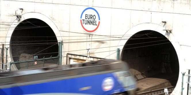 Pour Bruxelles, les péages trop élevés freinent la concurrence et pénalisent les clients.
