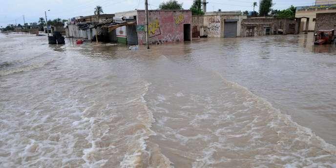 Mehmoud Kot, à une trentaine de kilomètres de Kot Addu, au Pakistan, le 5 août.