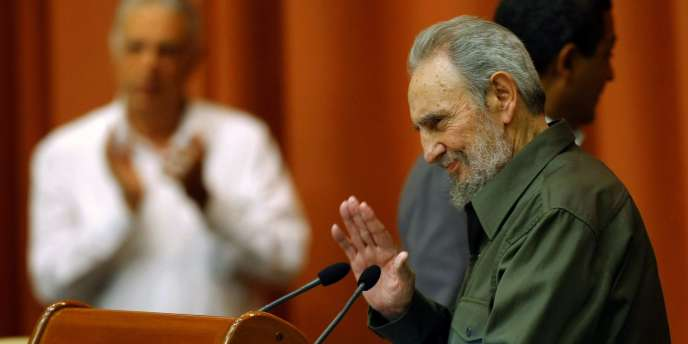 Fidel Castro devant le parlement cubain le 7 août.