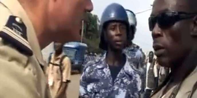 Un extrait de la vidéo où Romuald Letondot invective un journaliste togolais.