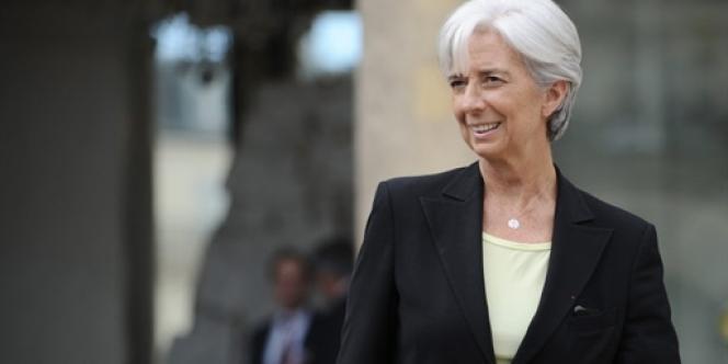 La ministre de l'économie, Christine Lagarde, est directement menacée par une enquête pour