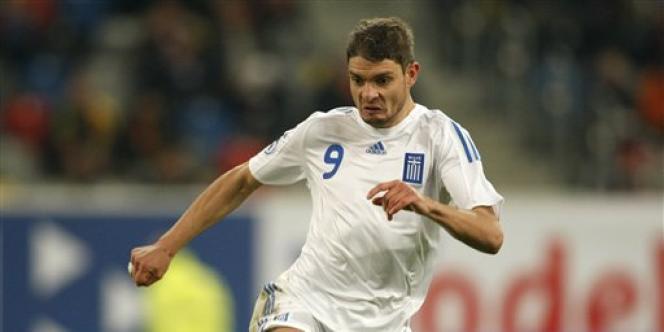 Angelos Charisteas, le 26 mars 2008, sous le maillot de l'équipe de Grèce.