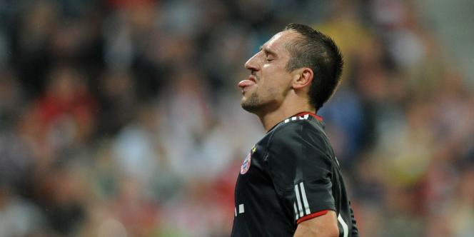 Suspendu pour trois matches avec l'équipe de France, Franck Ribéry restera à la disposition du Bayern Munich.