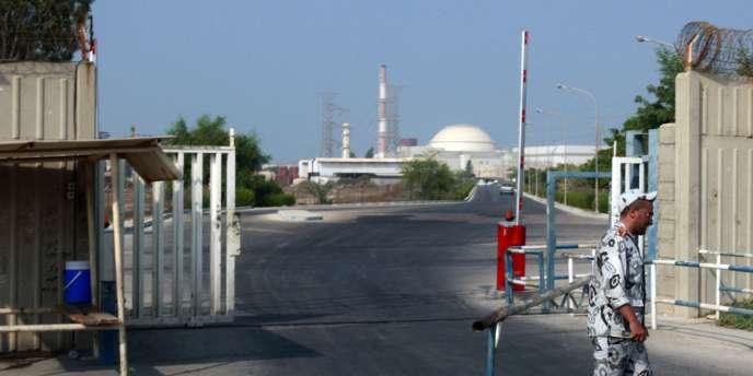 Entrée de la centrale nucléaire de Bouchehr, dans le sud de l'Iran.