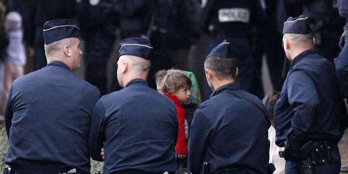 La maire de Lille et présidente de Lille Métropole, Martine Aubry, réclame depuis des mois que l'Etat assure une meilleure répartition à l'échelle nationale des communautés roms pour alléger le fardeau de l'agglomération.