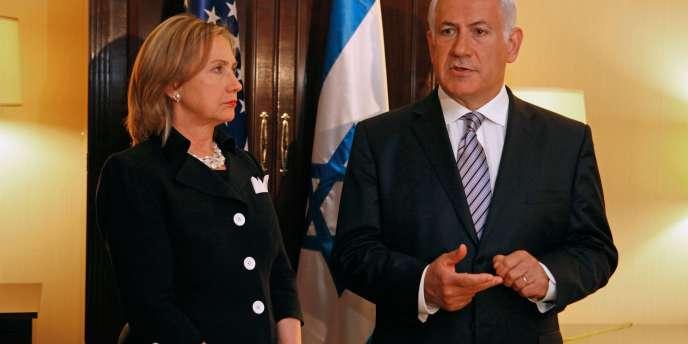 La secrétaire d'Etat américaine Hillary Clinton avec le premier ministre israélien, Benyamin Nétanyahou.
