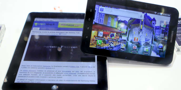 L'iPad d'Apple et la Galaxy Tab de Samsung.
