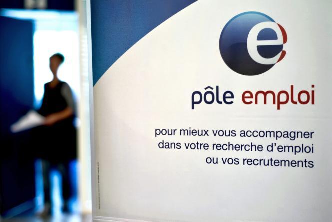 «A partir du 1er avril 2020, les indemnités chômage seront calculées non plus sur les seuls jours travaillés, mais sur le revenu mensuel du travail» (photo: dans une agence Pôle emploi à Dijon).