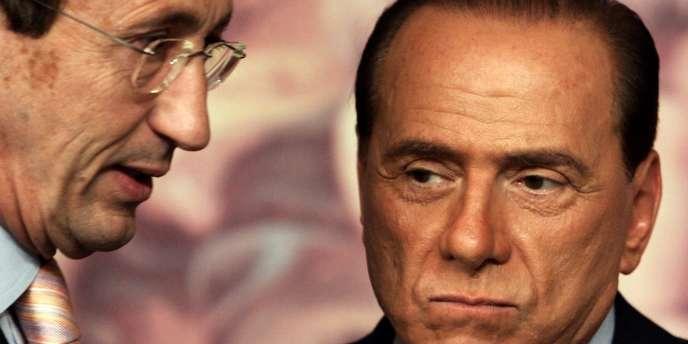 Fini et Berlusconi en avril 2006 à Rome.