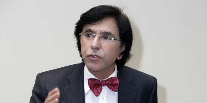 Elio Di Rupo à Bruxelles, le 3 septembre 2010. Le socialiste francophone va tenter mardi de désamorcer la crise institutionnelle belge.
