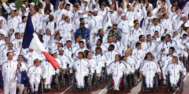 La délégation française lors des Jeux paralympiques à Sydney en 2000