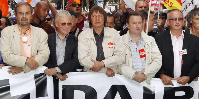 François Chérèque (CFDT, à gauche), Bernard Thibault (CGT, au centre) Eric Aubin (CGT, à droite) lors de la manifestation du 7 septembre.