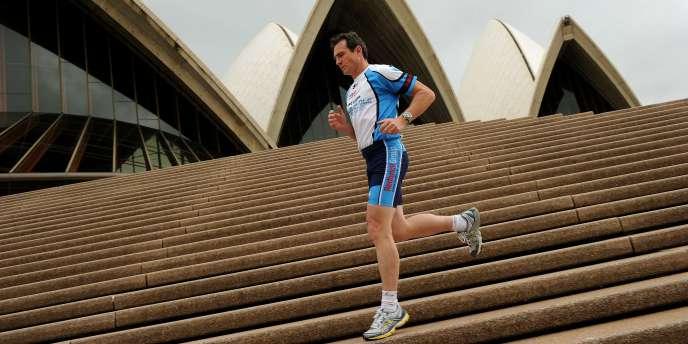 Pat Farmer, 48 ans, ultra marathonien, va tenter de rallier les deux pôles en traversant 14 pays des Amériques.