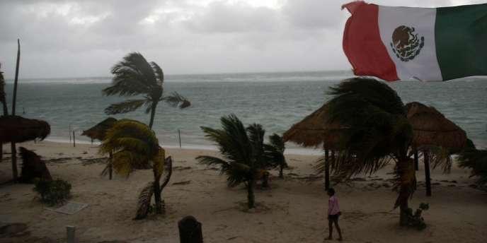 Des centaines de villageois, surtout des Mayas, ont été évacués lors du passage de Karl sur le Yucatan.