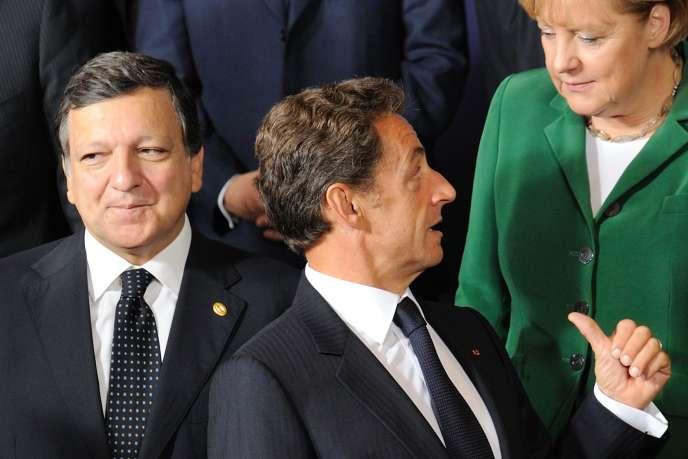 Le président de la Commission européenne, José Manuel Barroso, le président français, Nicolas Sarkozy, et la chancelière allemande, Angela Merkel, jeudi 16 septembre 2010 à Bruxelles.