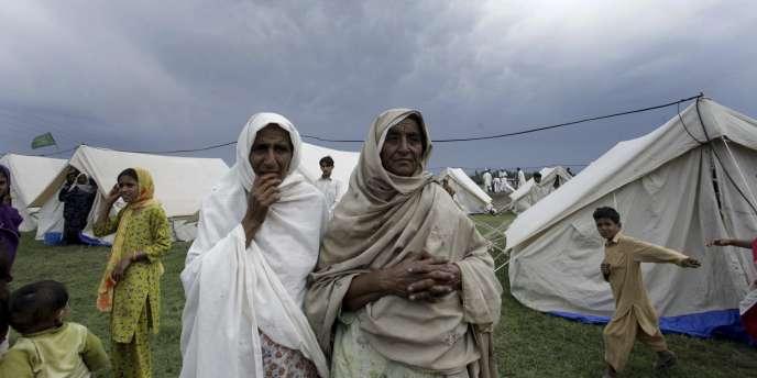 Les Nations unies avaient dans un premier temps lancé un appel pour une aide de 459 millions de dollars, qui est maintenant financée à 80 %, selon l'organisation.