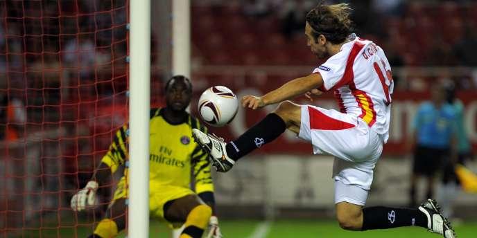Jeudi 16 septembre, Apoula Edel gardait les buts du PSG contre Séville.