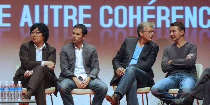 Jean-Vincent Placé (Verts),Benoît Hamon (PS), Pierre Laurent (PCF) et Olivier Besancenot écoutent les débats lors de l'université d'