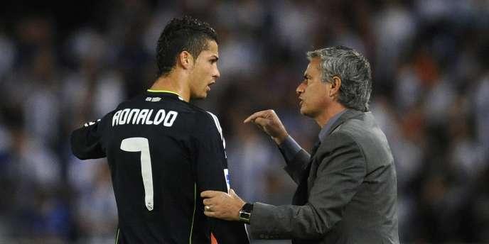 Cristiano Ronaldo est dirigé par son compatriote José Mourinho sous les couleurs du Real Madrid.