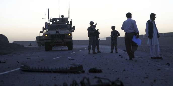 Une attaque de kamikazes talibans a été repoussée samedi à l'aéroport de Jalalabad, une importante base de la force de l'OTAN dans l'est de l'Afghanistan.