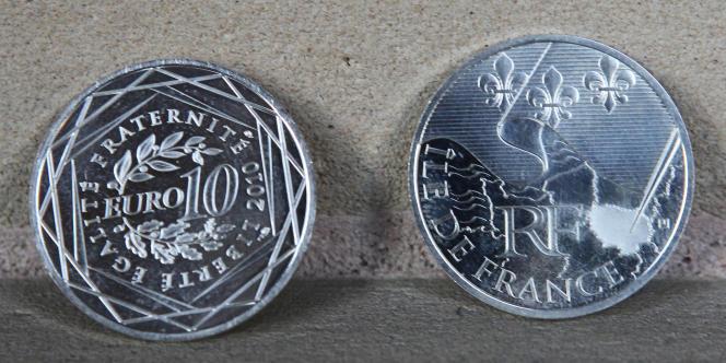 La Monnaie de Paris a frappé, le 20 septembre 2010, quatre millions de pièces en argent de 10 euros aux armes de 22 régions françaises.