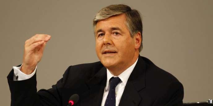 Josef Ackermann, président de la Deutsche Bank, le premier établissement privé du secteur, lors d'une conférence de presse à Francfort, le 13 septembre 2010.