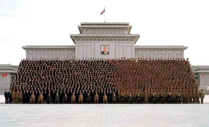 Photo regroupant les officiels du Parti des travailleurs de Corée, publiée le 30 septembre.