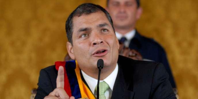 Le président équatorien Rafael Correa lors d'une conférence de presse à Quito, le 30 septembre 2010.