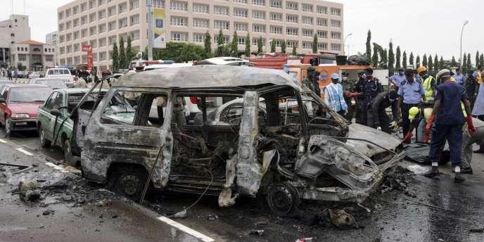 Deux explosions survenues vendredi 1er octobre près du parcours d'un défilé organisé dans la capitale nigériane auraient fait sept morts.