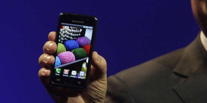 Un appareil de la marque Samsung, utilisant le système Android.
