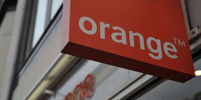 Dans cette affaire, les quatre plaignants demandent 790 millions d'euros de dommages et intérêts à Orange