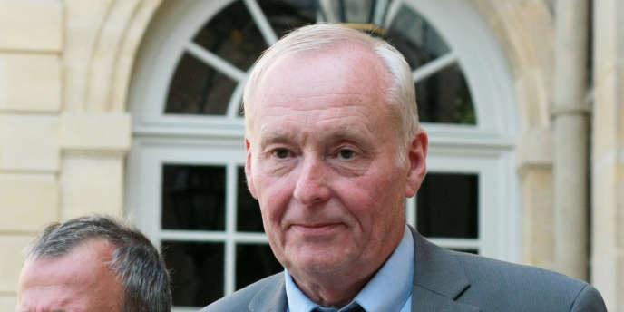 L'ancien maire socialiste de Clichy-sous-Bois Claude Dilain à Paris, le25mai2010.
