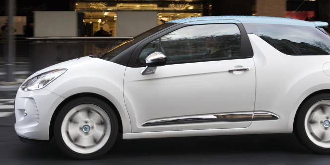PSA note que les marchés automobiles mondiaux ont crû de 10 % en 2010, tirés par la Chine (+30 %) et l'Amérique latine (+14 %) alors que l'Europe a été globalement en baisse (-4 %).