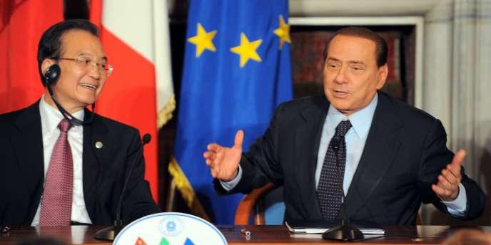 Le premier ministre chinois Wen Jiabao et le président du Conseil italien Silvio Berlusconi se sont félicités des accords commerciaux signés entre leurs deux pays.