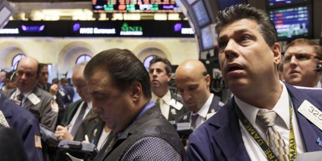 La question de la rémunération des financiers de Wall Street fait polémique depuis la crise financière en raison de leur montant exorbitant.