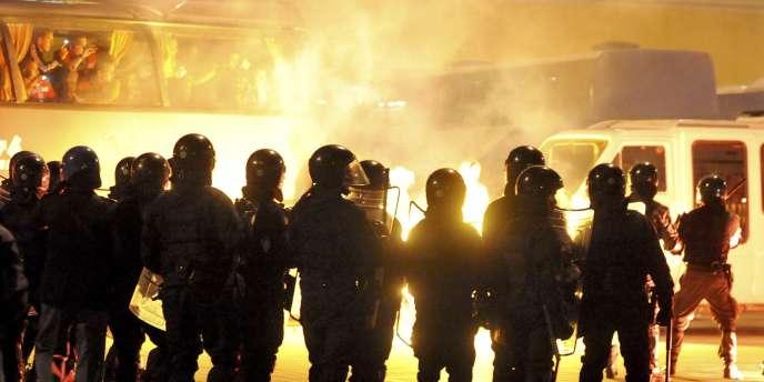Des affrontements entre hooligans serbes et forces de l'ordre avaient fait 14 blessés, dont deux graves, en marge du match Italie-Serbie le 12 octobre.