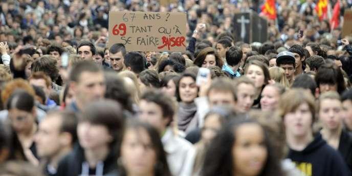 A Rennes, près de 8 000 lycéens ont défilé, jeudi 14 octobre.