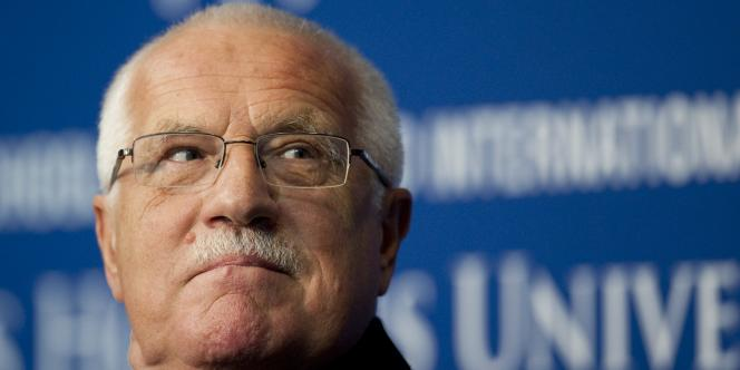 L'actuel président tchèque, Vaclav Klaus, lors d'une conférence, le 22 décembre 2010, à Washington.
