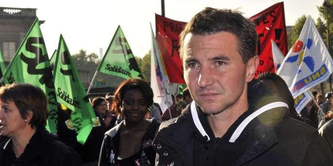 Le leader du Nouveau Parti anticapitaliste, Olivier Besancenot, dans unea manifestation contre la réforme des retraites le jeudi 14 octobre, à Paris.