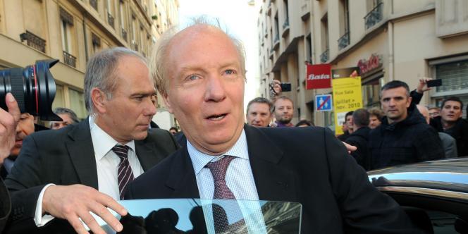 Le ministre de l'intérieur, Brice Hortefeux, s'est rendu à Lyon, mercredi 20 octobre, pour constater les dégradations commises en marge des manifestations contre la réforme sur les retraites.