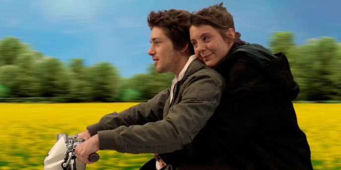 Laurent Delbecque et Louise Blachère dans le film français de Jean-Claude Janer,