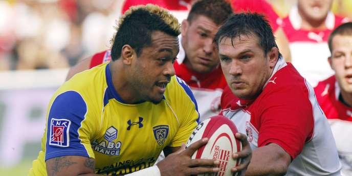 Clermont, champion de France 2010, doit passer l'obstacle Biarritz pour retrouver Toulouse en demi-finale.