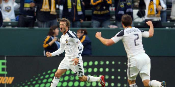 David Beckham évolue sous les couleurs des Los Angeles Galaxy en Major League Soccer.