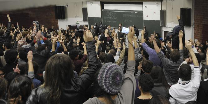 Créée peu après Mai 68, l'université Paris-I Tolbiac a toujours la réputation d'une fac où les étudiants se mobilisent, comme ici en 2010.