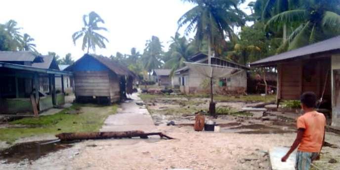 Les îles Mentawaï, au large de Sumatra, ont été durement frappées par le tremblement de terre, suivi d'un tsunami, survenu lundi soir 25 octobre.