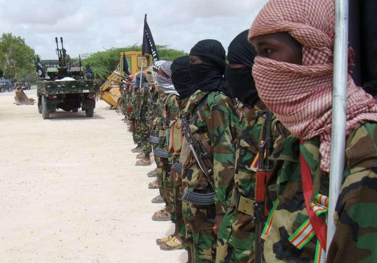 Des Chabab, qui ont fait vœu d'allégeance à Al-Qaida, à Mogadiscio, en octobre 2010.
