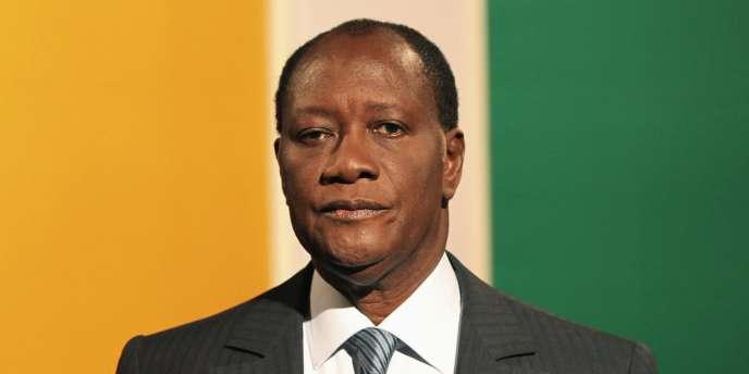 Alassane Ouattara a été déclaré jeudi vainqueur, avec 54,1 % des voix, par le président de la Commission électorale ivoirienne.