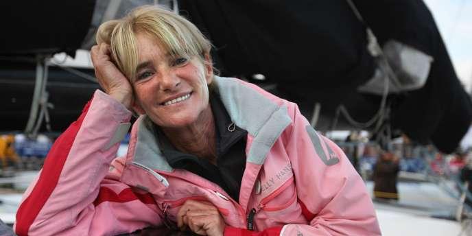 Anne Caseneuve, à bord de son trimaran de 50 pieds, dispute sa quatrième Route du Rhum.